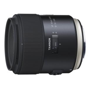 タムロン 35mm F1.8 Di VC USD